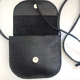 SADDLE BAG LINN SMALL CROCO PRINT BLACK_