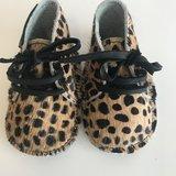 NEW BORN BABYBOOTIE MIJAII  FURRY LEOPARD PRINT_