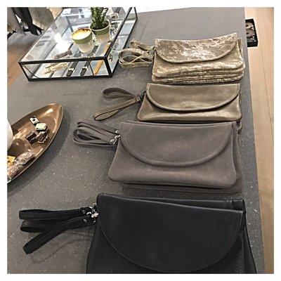 CLUTCH BAG THYRA BRONZE METALLIC sample/stock sale