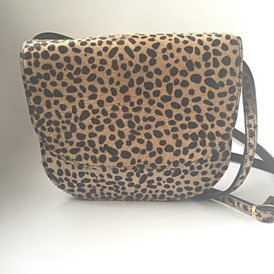SADDLE BAG MIJA II LARGE FURRY LEOPARD PRINT