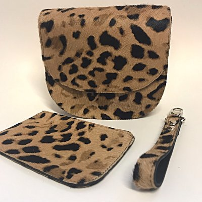 SADDLE BAG LOKI SMALL FURRY LEOPARD PRINT