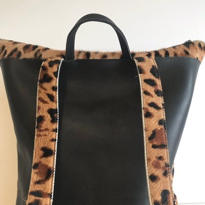 BACKPACK LARGE LOKI LEOPARD PRINT