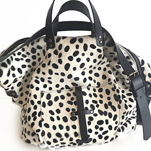 SHOPPER NANNE DALMATIAN FURRY PRINT
