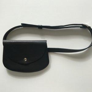 BELT BAG SILKE BLACK