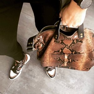 SHOPPER THORA PHYTON PRINT BROWN
