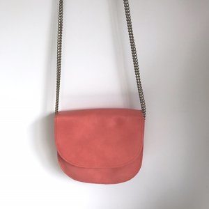 SADDLE BAG CHAIN COLETTE SMALL CORAL